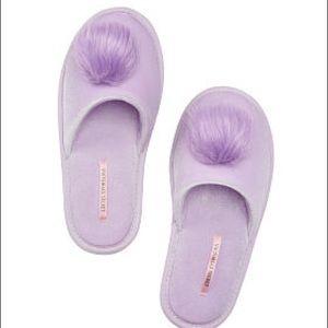 Brand New Victoria's Secret pom pom slippers